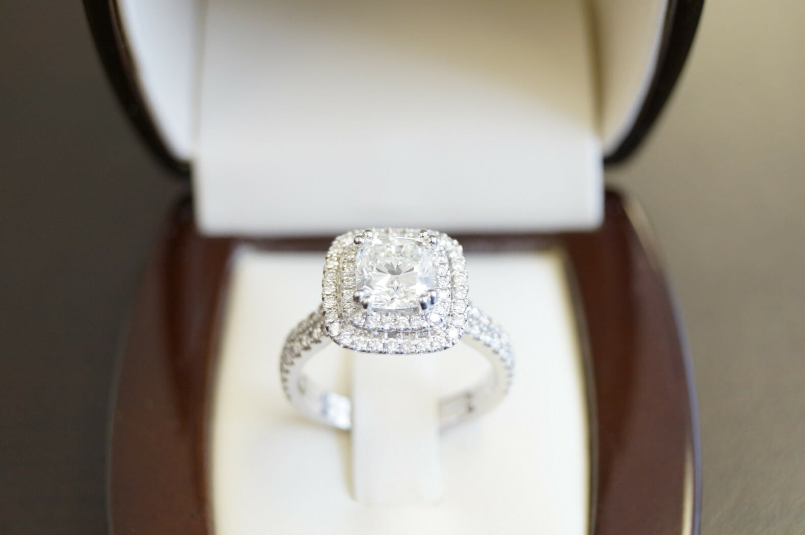Picture of Here's everything you should know before buying a diamond ring