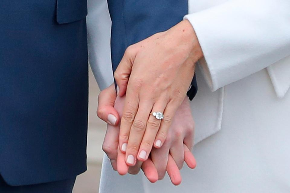 Whats Meghan Markles Engagement Ring And Did Prince Harry Use