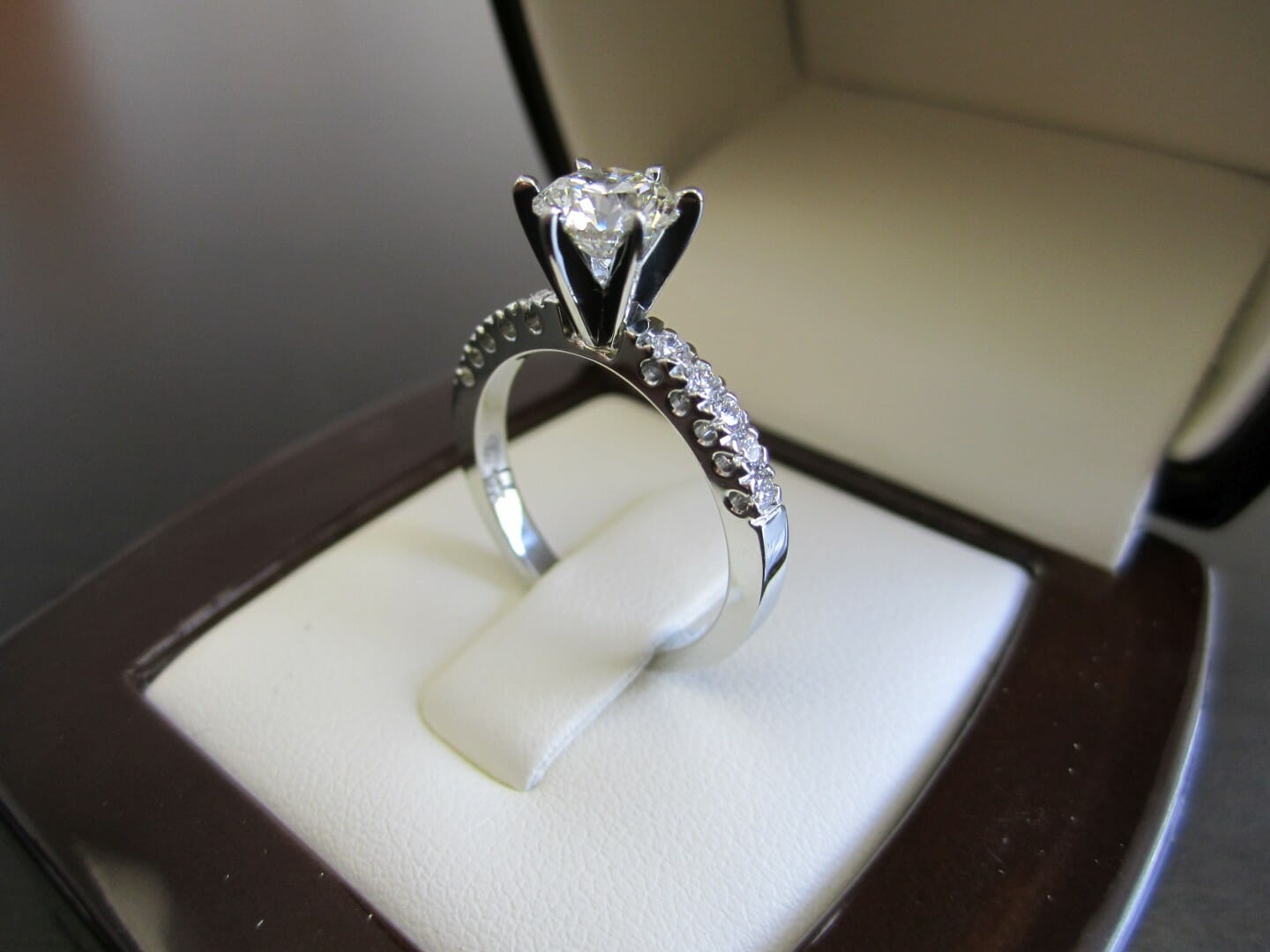 Picture of 0.95ct Round Brilliant Center Diamond in Custom Designed 19K White Gold Engagement Ring