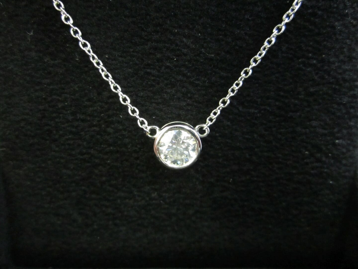 Picture of 1.08ct Round Brilliant Diamond set in a White Gold Bezel Pendant